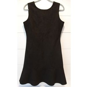 Esley Sleeveless Black Dress Size Medium